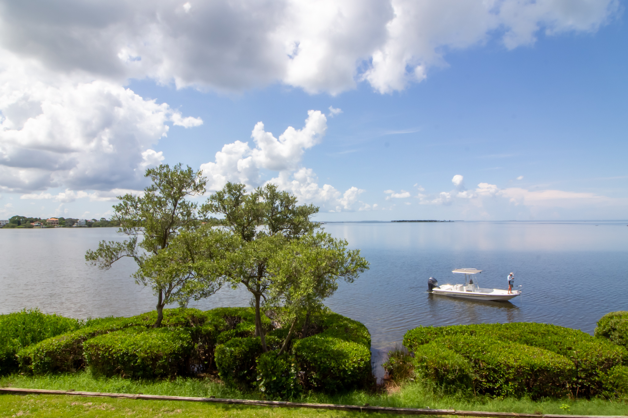 Exterior Lake Photohraphy